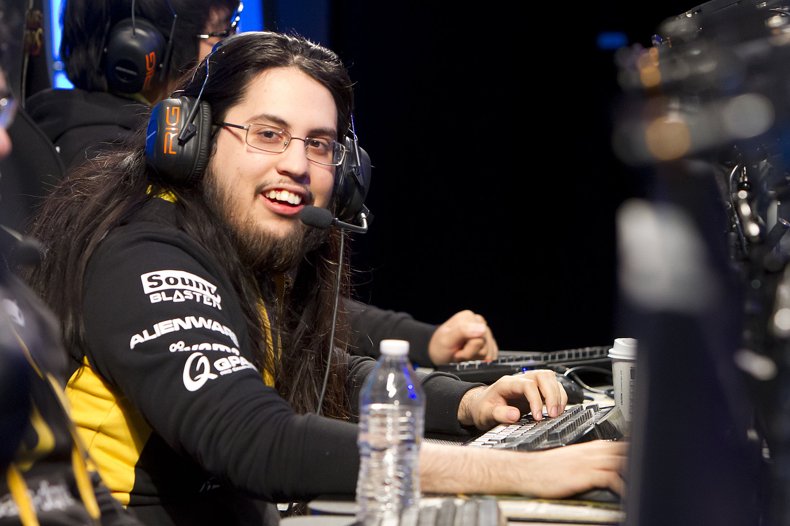 "Imaqtpie says playing AD carry is like ""working [a] 9-to-5"" job"