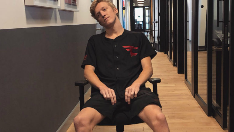 Tfue's girlfriend asks him to end drunk Fortnite World Cup qualification celebratory stream