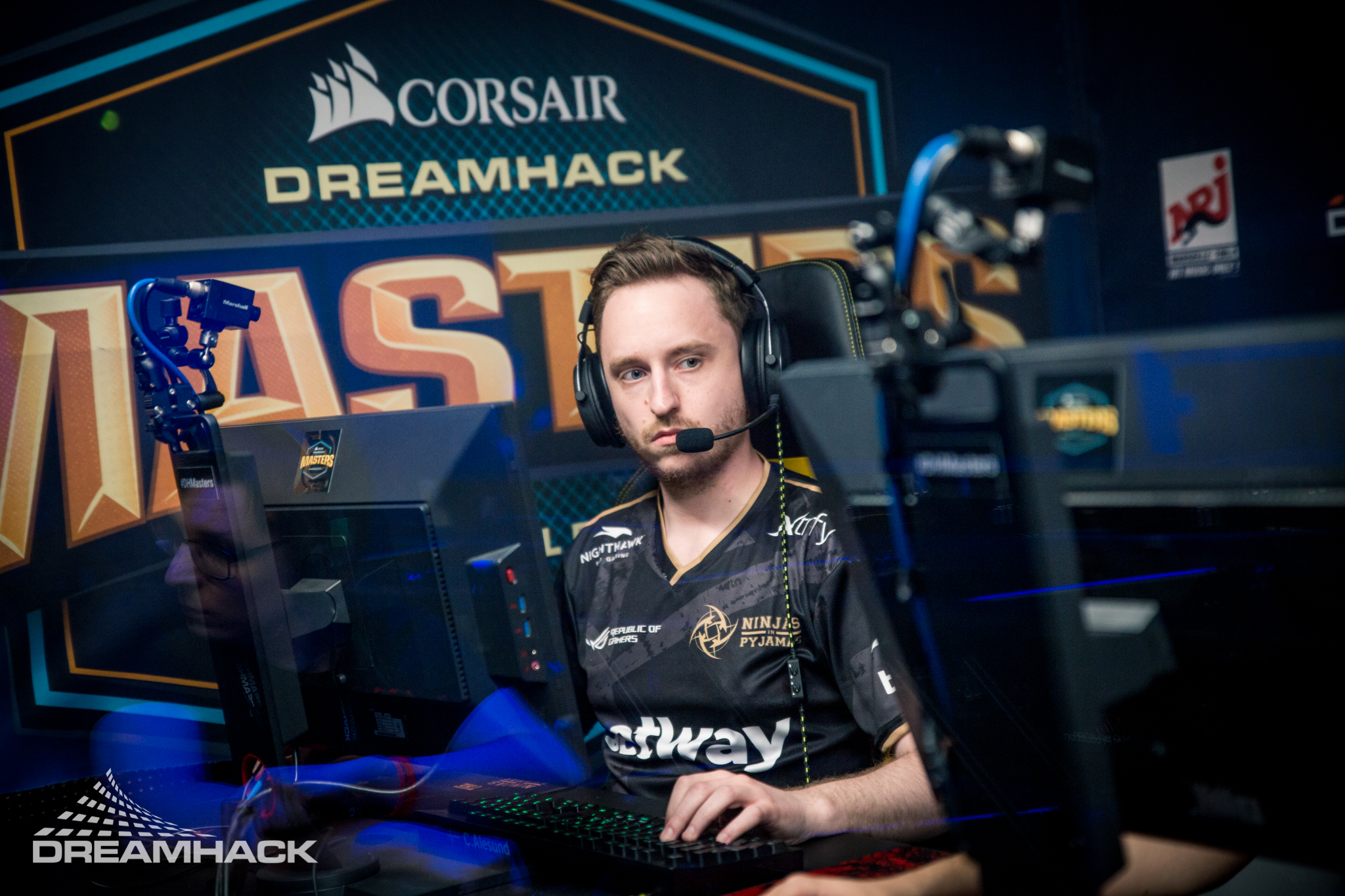 NiP adds plopski in place of dennis, begins looking for GeT_RiGhT replacement