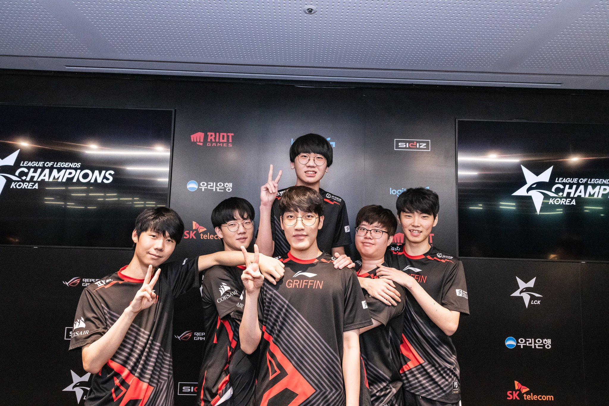 Griffin beat Hanwha Life to secure first place in LCK Summer 2019