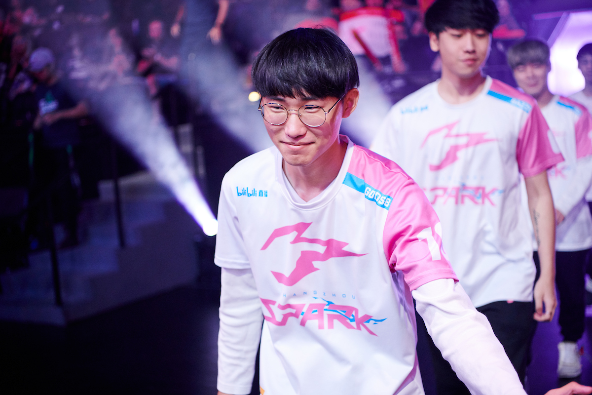 Proud in pink: Hangzhou Spark team preview