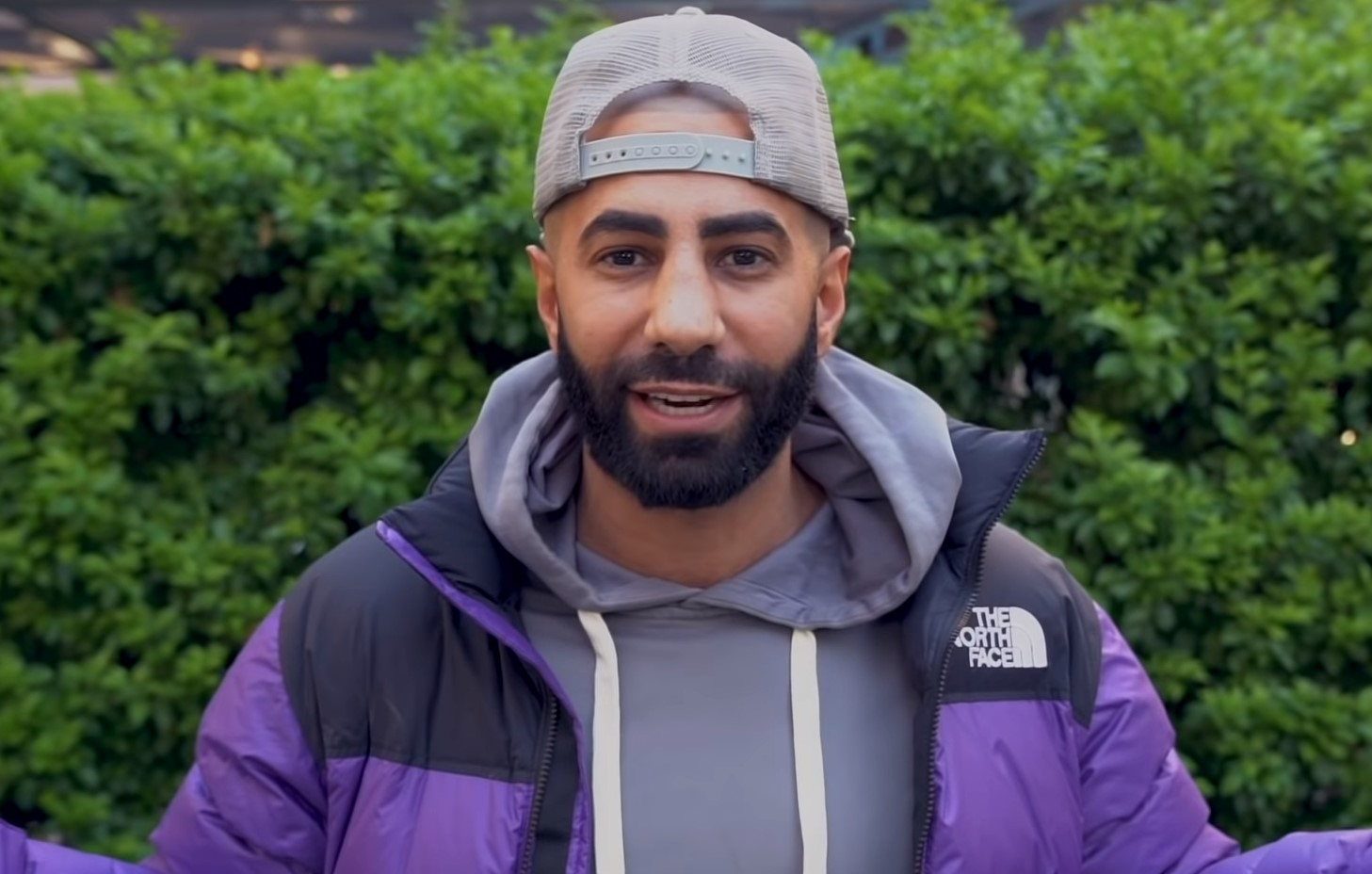 Fousey's viewers call 911 using donations