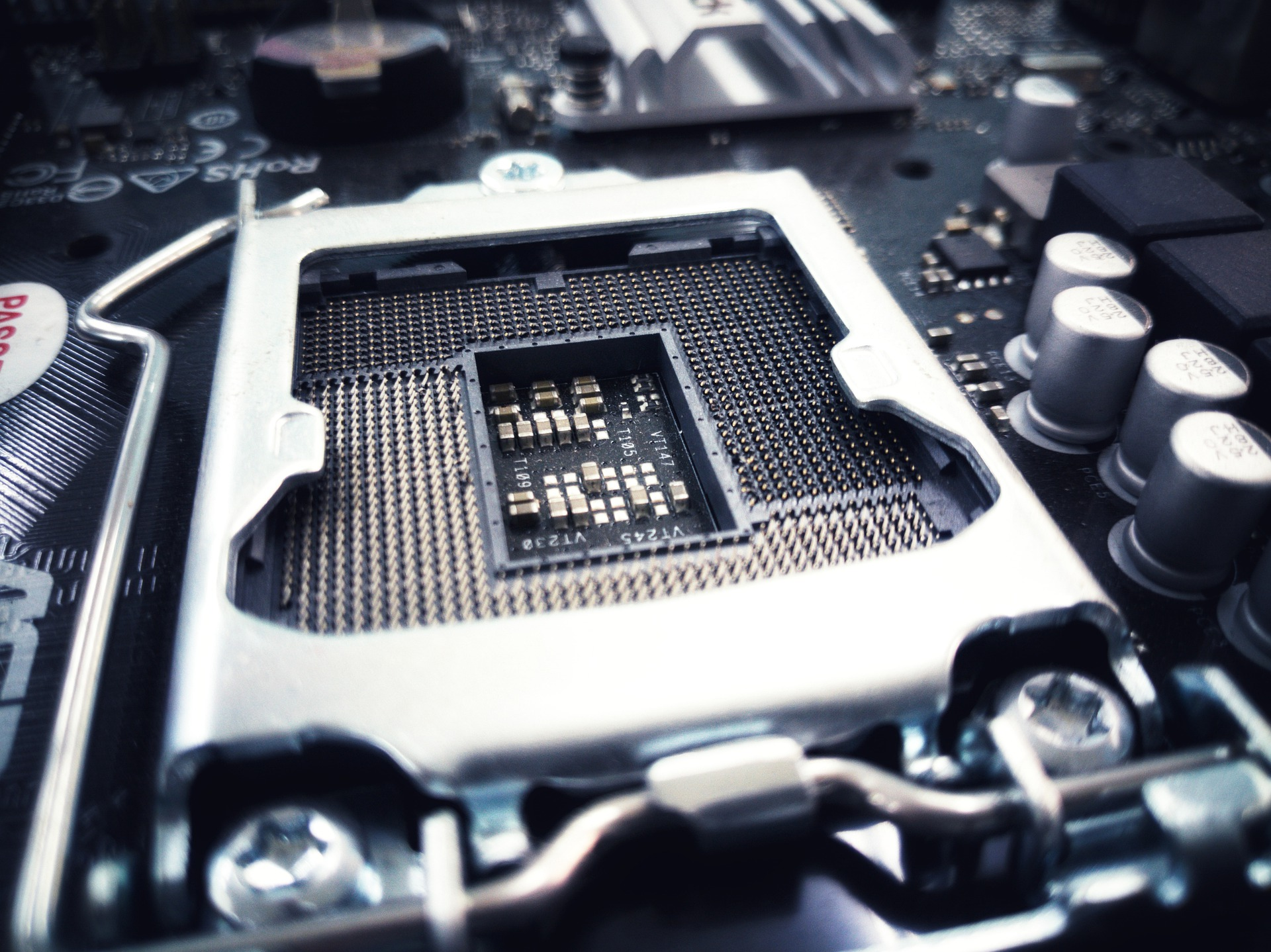 Intel teases new processors and NUC at performance workshop
