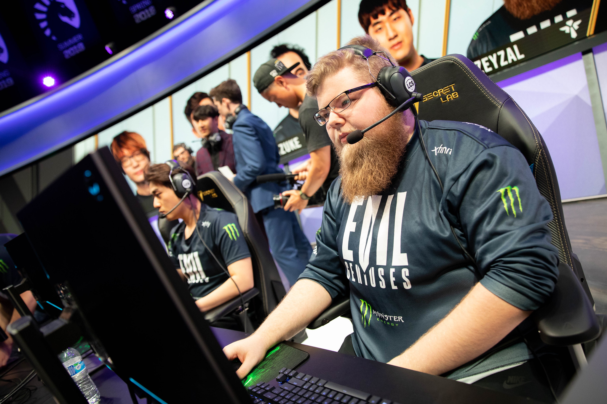 Zeyzal talks about Evil Geniuses' growing pains with Jiizuke's playstyle  and having a less vocal ADC | Dot Esports