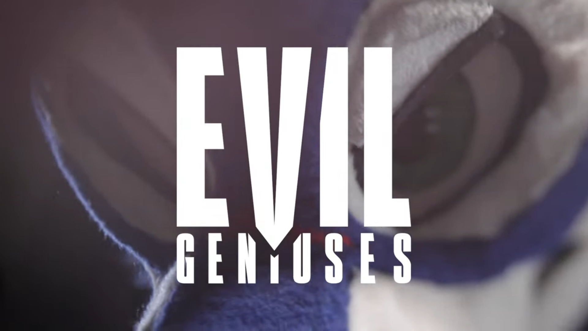 SonicFox and dekillsage sign with Evil Geniuses