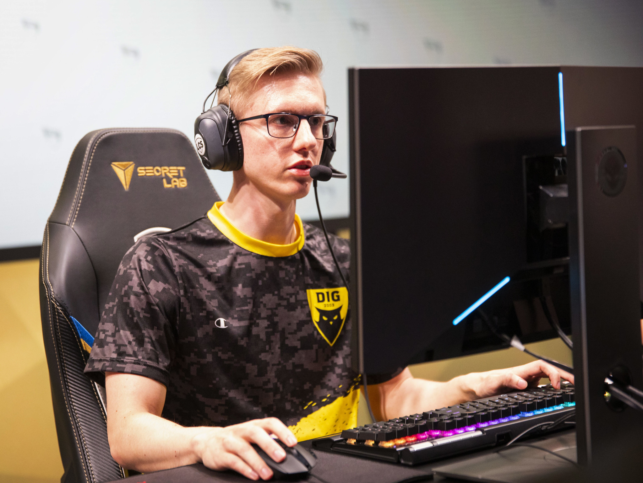 Dignitas' playoff hopes live on after taking down TSM during week 9 of the 2020 LCS Spring Split