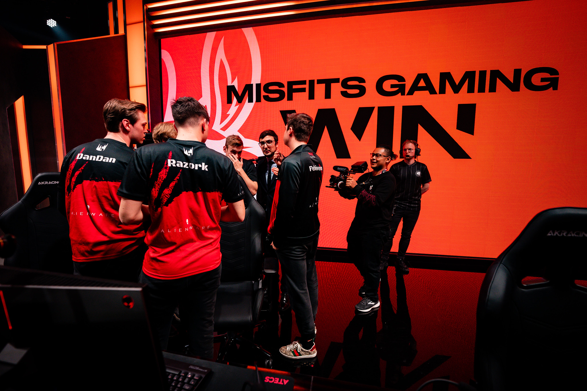 Misfits promotes Doss to starting LEC roster