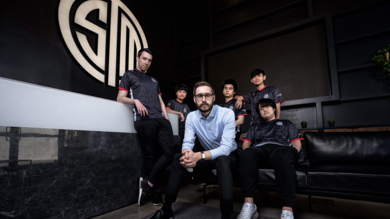 TSM signs 10-year, $210 million naming rights deal with crypto exchange FTX | Dot Esports