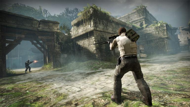 Jogador de CS:GO se salva com granada de flash